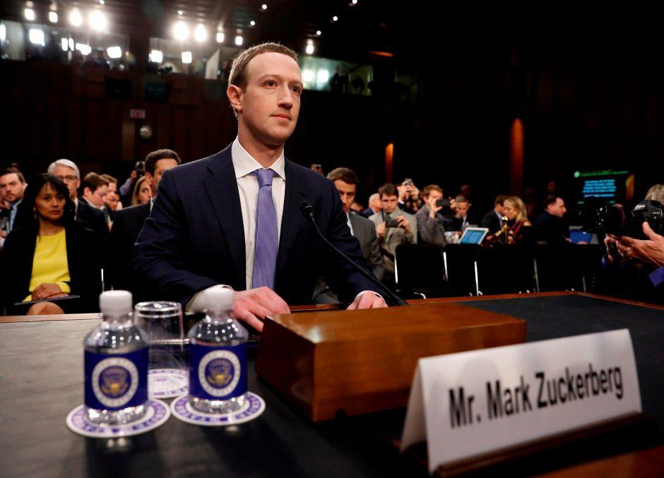 """Facebook"" vadovas M. Zuckerbergas sutiko susitikti su europarlamentarais"