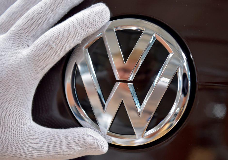 """""""Volkswagen"""" sumokės 1 mlrd. eurų baudą dėl emisijų klastojimo"""