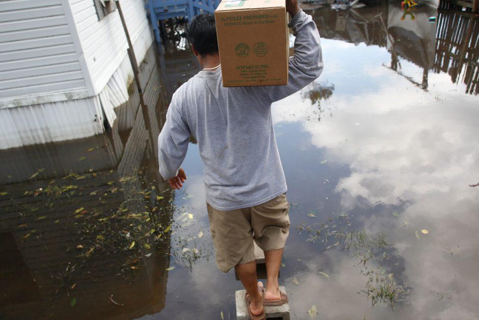 """Gauta duomenų apie dar du lietuvius nuo uragano """"Irma"""" nukentėjusiose Karibų salose"""