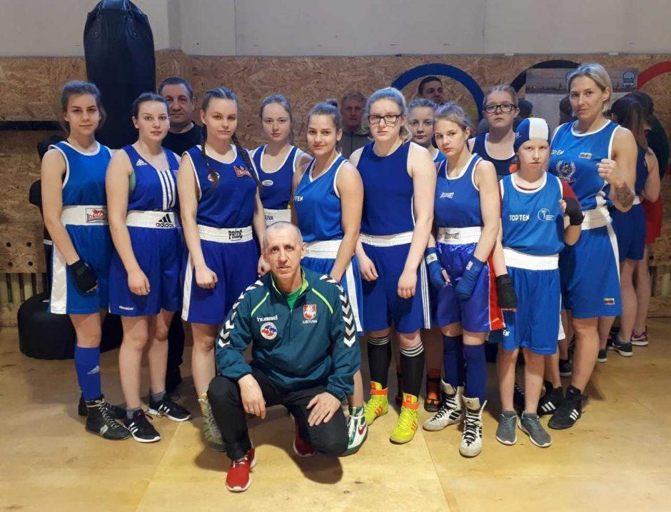 Tarptautiniame D. Pozniako bokso turnyre kovos ir merginos