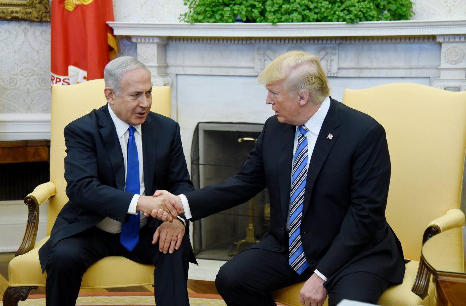 D. Trumpas gali dalyvauti JAV ambasados atidarymo ceremonijoje Jeruzalėje