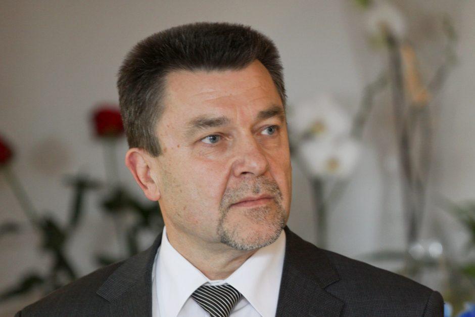 Slapta susituokė Seimo narys A. Matulas