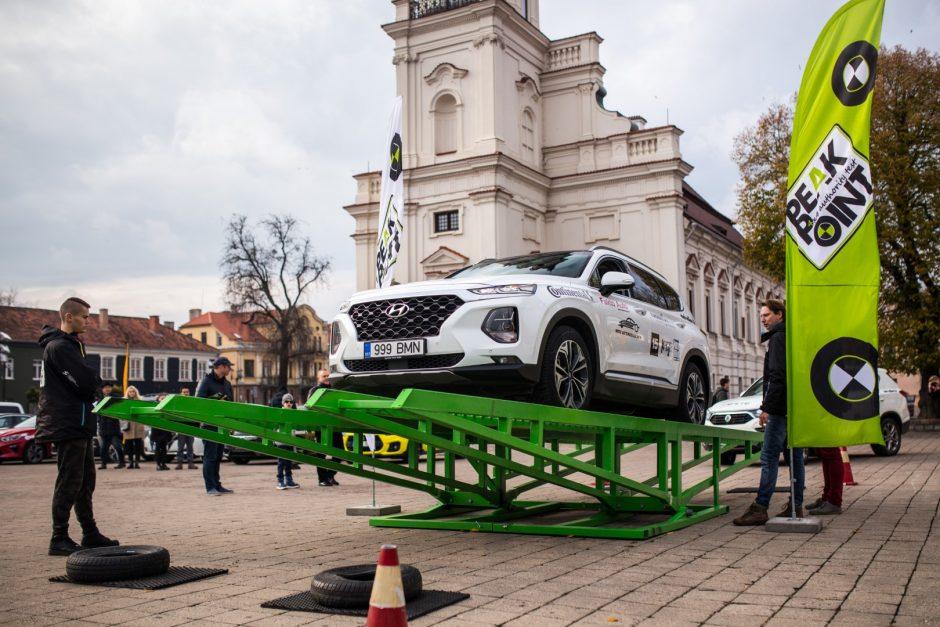 Visureigių teste labiausiai stebino elektromobilis