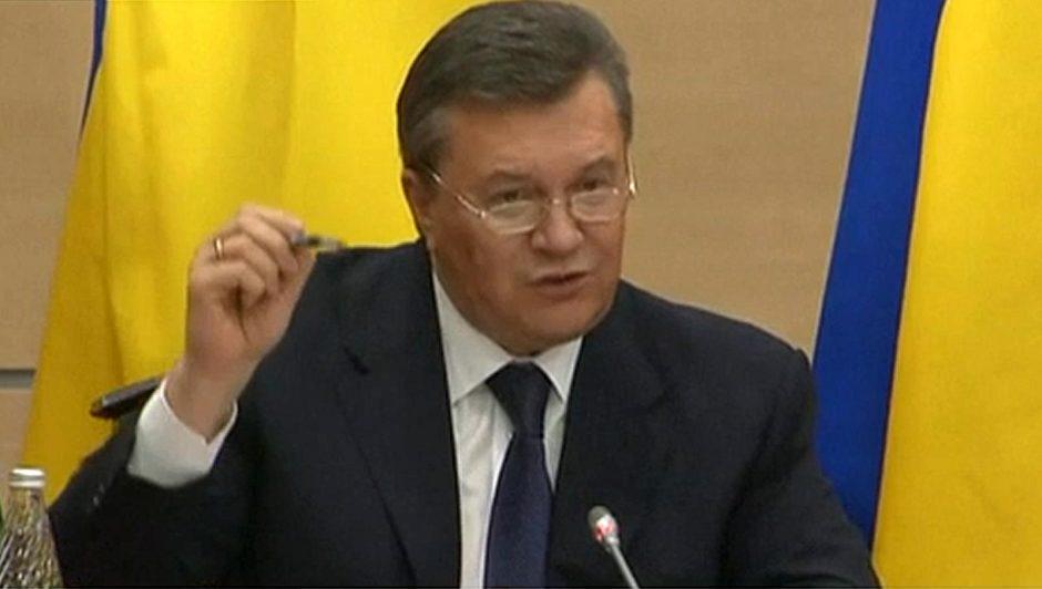 Kijevas reikalauja skirti V. Janukovyčiui 15 metų laisvės atėmimo bausmę