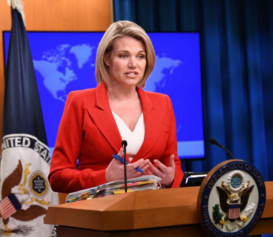 """JAV pasmerkė """"fiktyvius"""" rinkimus Rusijos kontroliuojamoje Rytų Ukrainoje"""