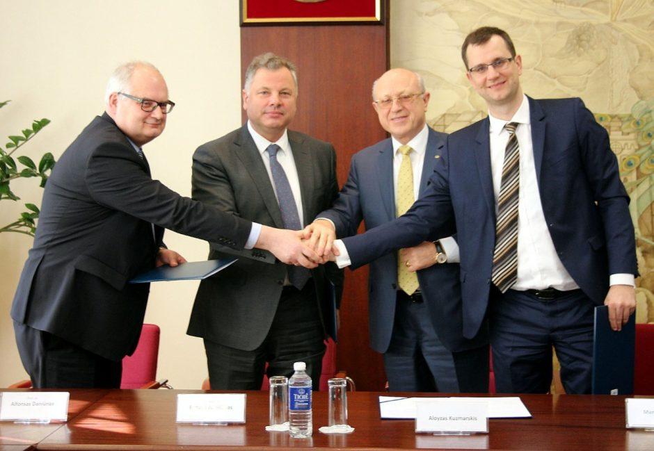 """""""Bega"""" pasirašė susitarimą dėl SGD varomo lokomotyvo sukūrimo"""