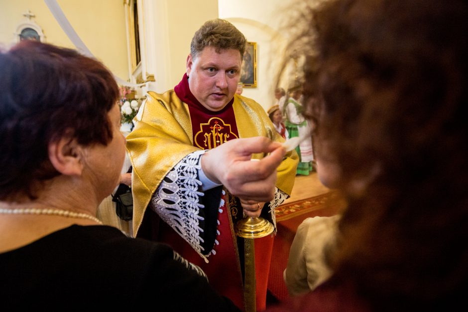 Šv. Roko atlaidai Panemunėje – su nauju klebonu