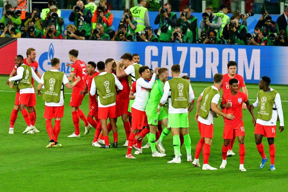 Anglijos futbolininkai tik po 11 m baudinių serijos eliminavo kolumbiečius