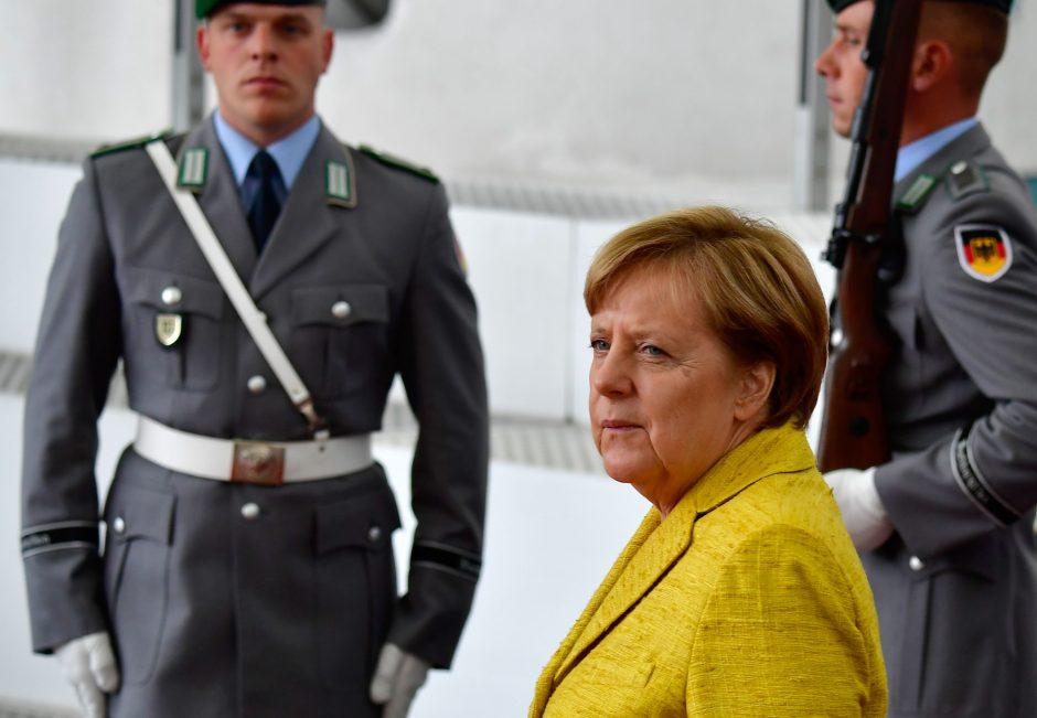 Kokį signalą Vokietijos kanclerei pasiuntė rinkėjai