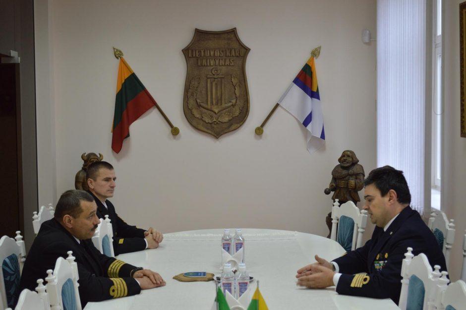Klaipėdoje viešinčio Italijos karinio laivo vadas lankėsi pas Klaipėdos merą