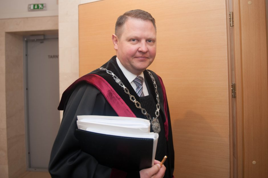 Užsieniečių studentų teismas (2)
