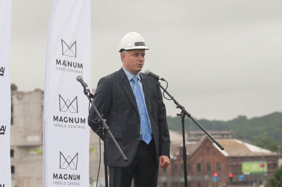 """Verslo centro """"Magnum"""" statybų pradžia"""