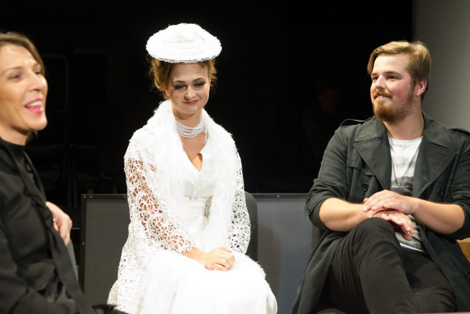 """Rusų dramos teatras planuoja statyti M. Ivaškevičiaus """"Rusišką romaną"""""""