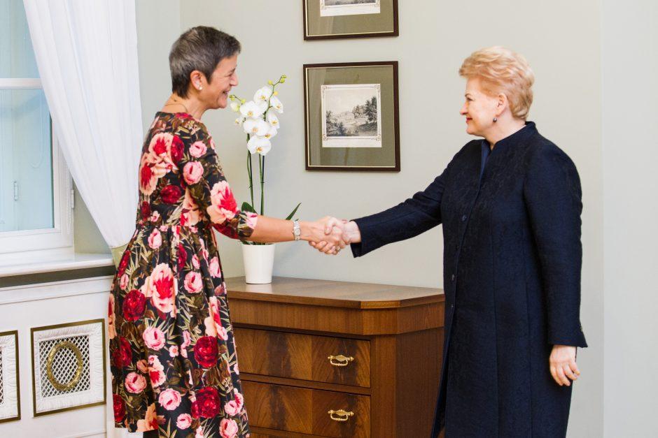 Prezidentė susitiko su eurokomisare