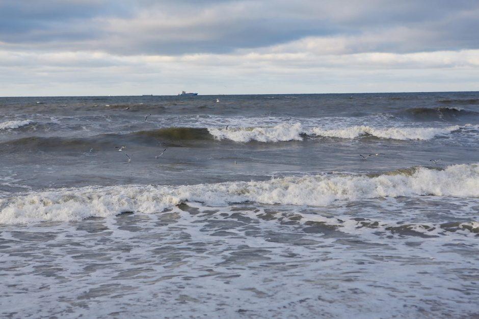 Melnragės paplūdimyje mirė vyras