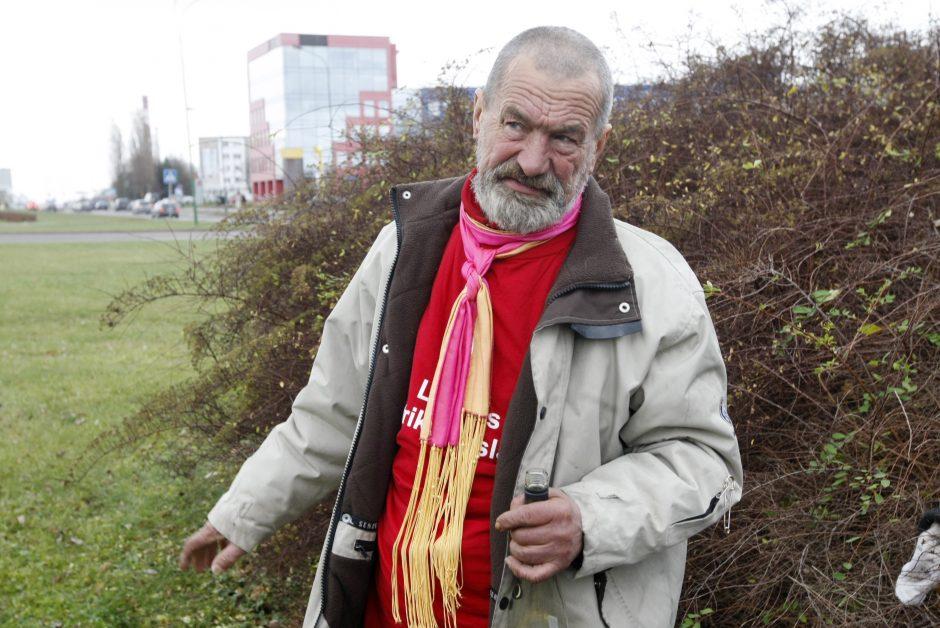 Sunku patikėti: partizano sūnaus gūžta – gatvių sankryžoje