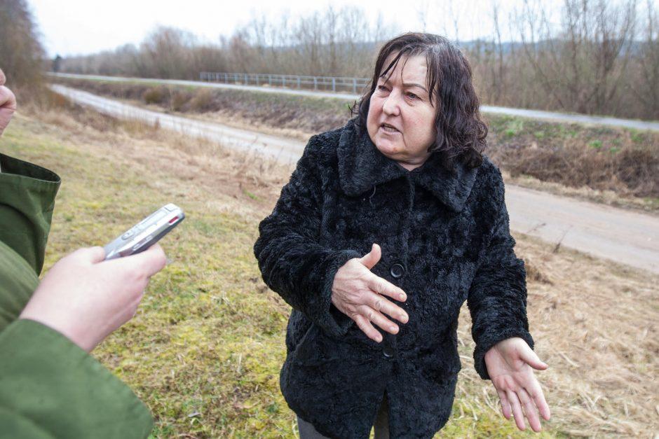 Užterštas Nemunas: gyventojams nejuokinga (policija prašo pagalbos tiriant aferą)