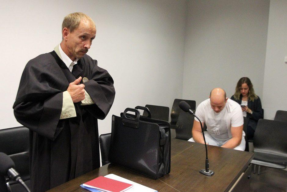 Teismas patikėjo ne suteneriu, o jo auka
