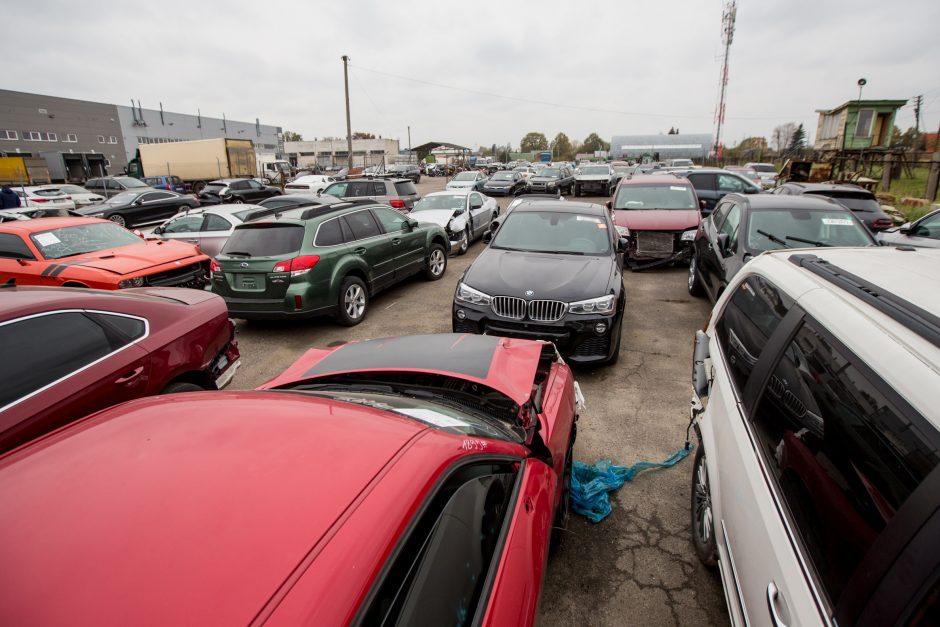 Ministerijos tikslas – sužlugdyti automobilių prekybos verslą?
