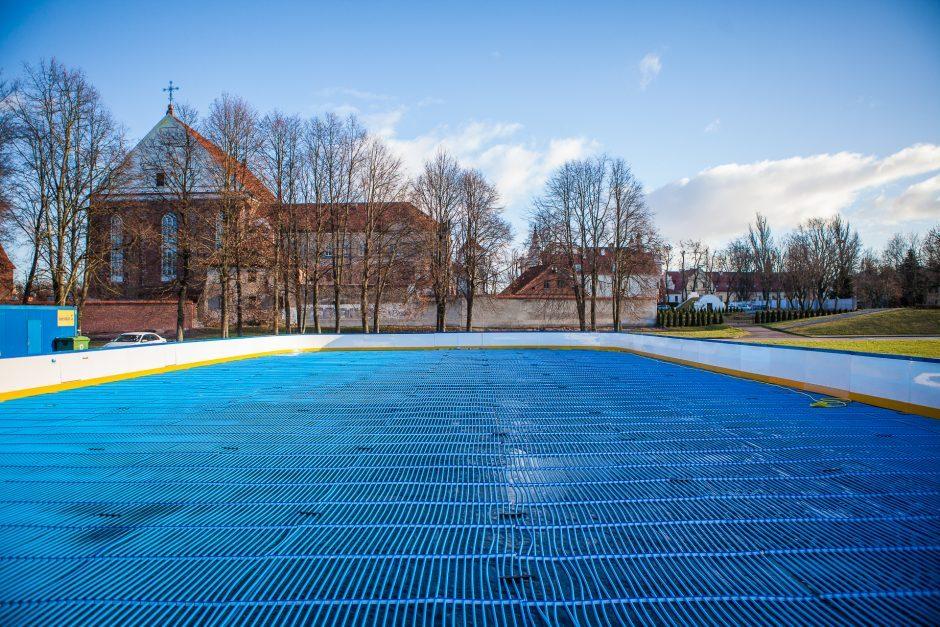 Nemokamos čiuožyklos Santakos parke atidarymas – jau netrukus