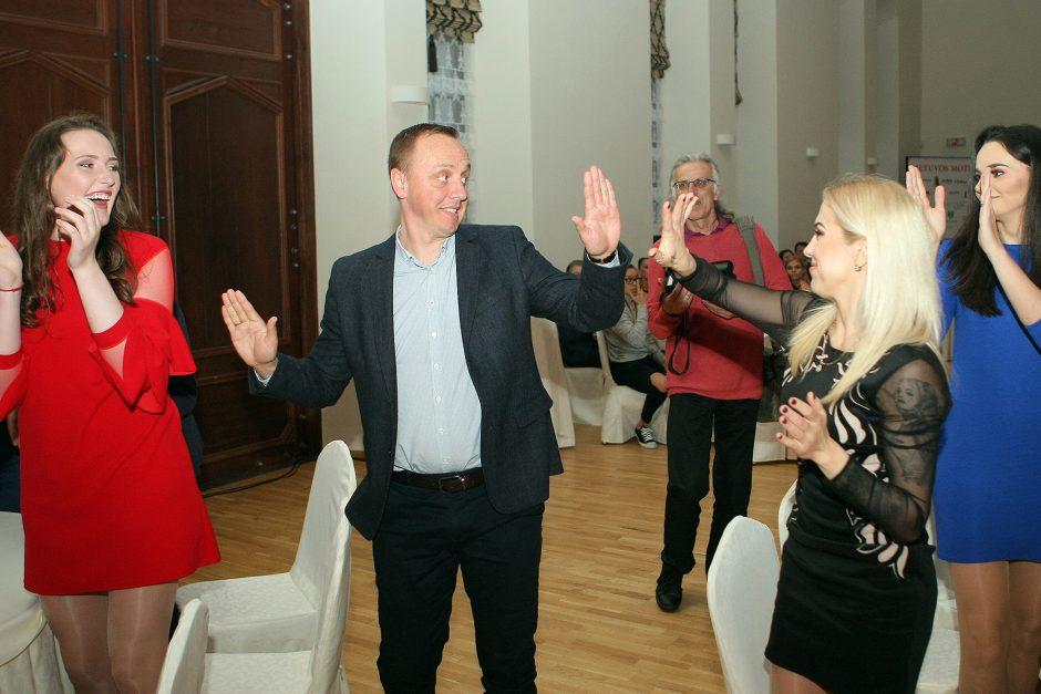 LMKL apdovanojimai Raudondvario dvare