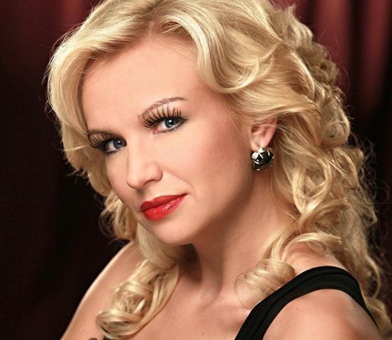 """""""Muzikinį rugpjūtį pajūryje"""" užbaigs koncertas su Minsko operetės primadona"""