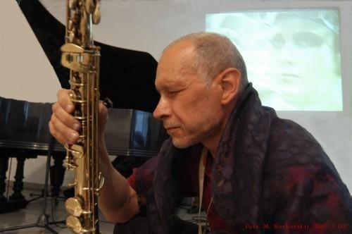 Už nuopelnus Lietuvos džiazui – V. Čekasinui apdovanojimas