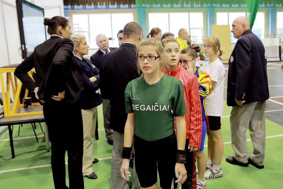Sunkiosios atletikos čempionate Klaipėdoje pirmoji auksu pasidabino lenkė
