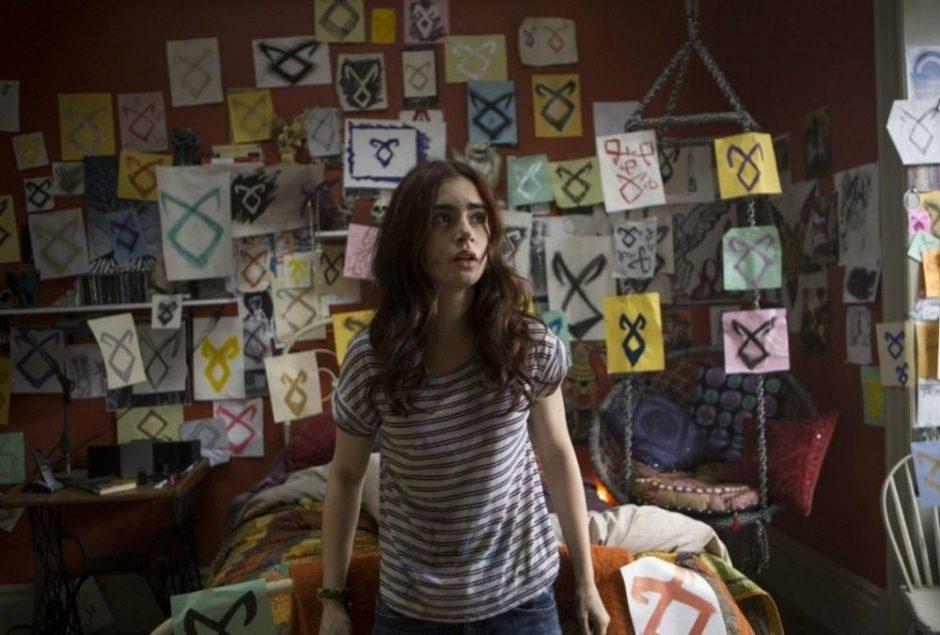 """Filmo """"Mirties įrankiai: Kaulų miestas"""" gražuolė L. Collins – gera mergaitė su intriga"""