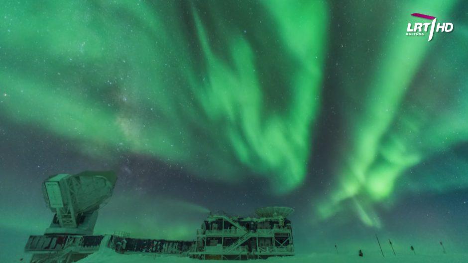 Kokie įspūdingi tyrimai atliekami Antarktidoje?