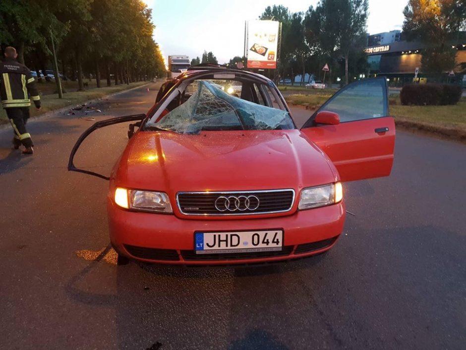 Šiurpi avarija Klaipėdoje: sužaloti motociklu ir automobiliu važiavę žmonės
