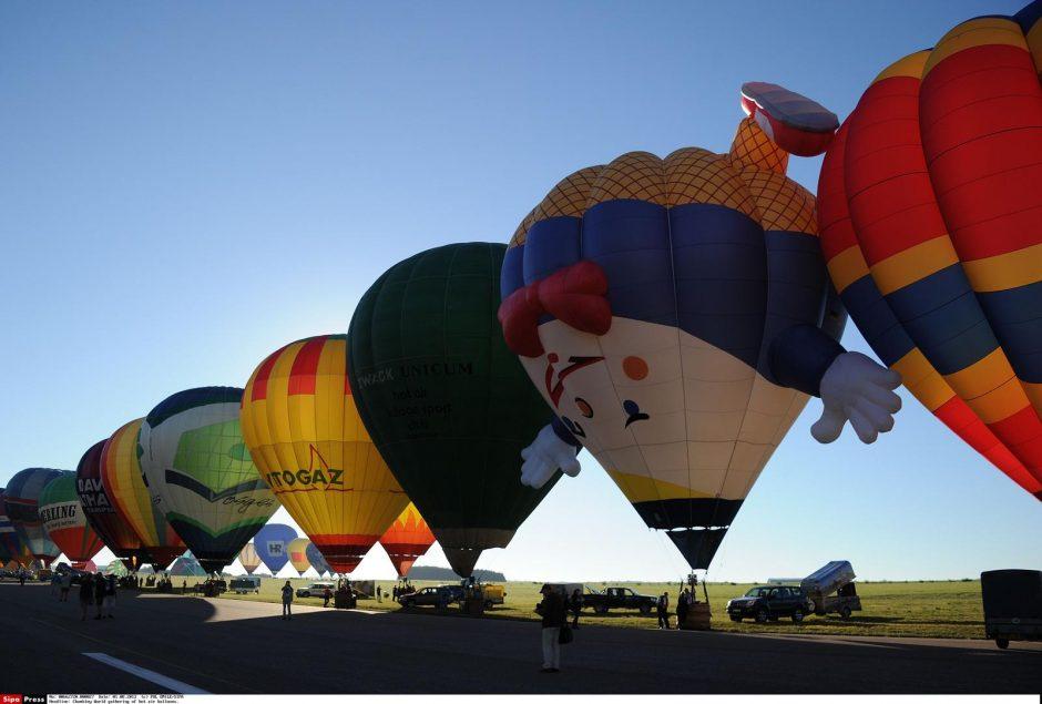 Prancūzijoje karšto oro balionų festivalyje - du pasaulio rekordai