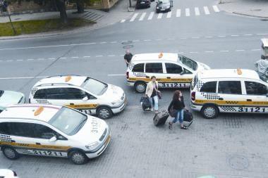 Uostamiesčio taksistai laukia bankrotų