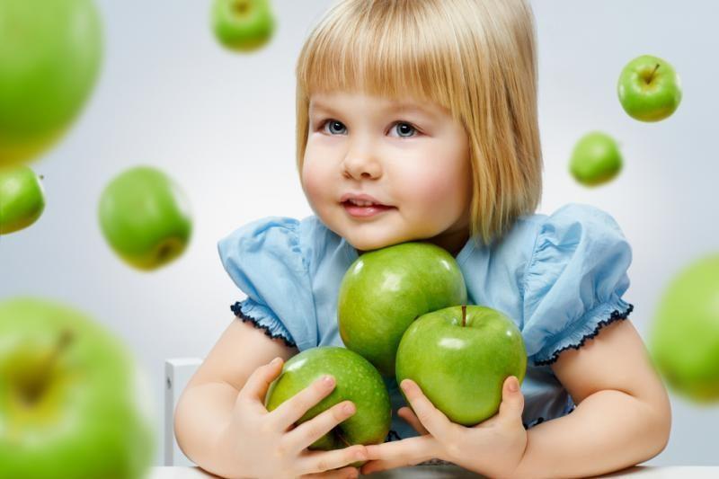 A.Veryga: kodėl nerašoma, kaip ežiukas gerdamas prarado obuolius?