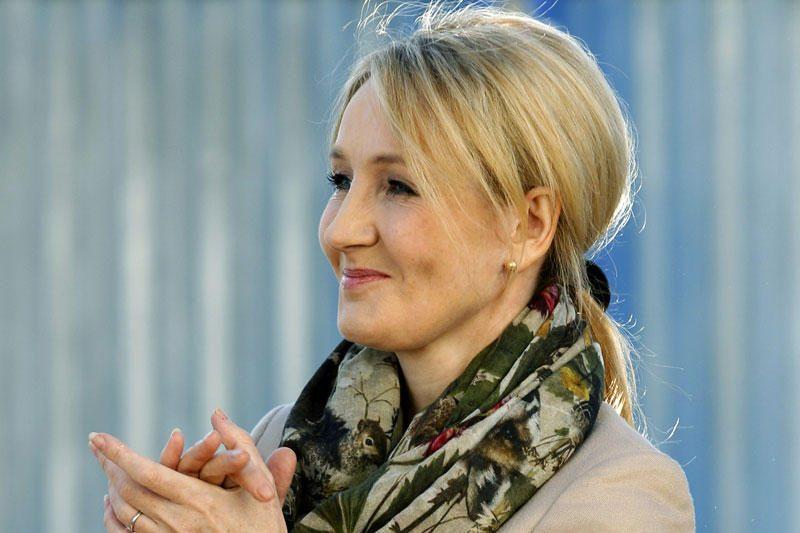Hario Poterio autorės naują romaną kritikai vertina prieštaringai