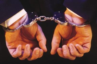 """Daugėja įtariamųjų """"Naftos grupės"""" byloje"""