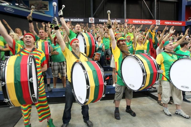 Lietuvos krepšinio pareigūnų prašo sutramdyti sirgalius Londone
