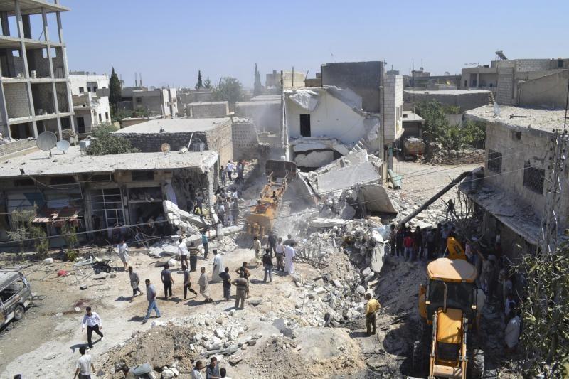 Sirijoje per bombardavimą Idlibo regione tarp žuvusiųjų buvo 8 vaikai