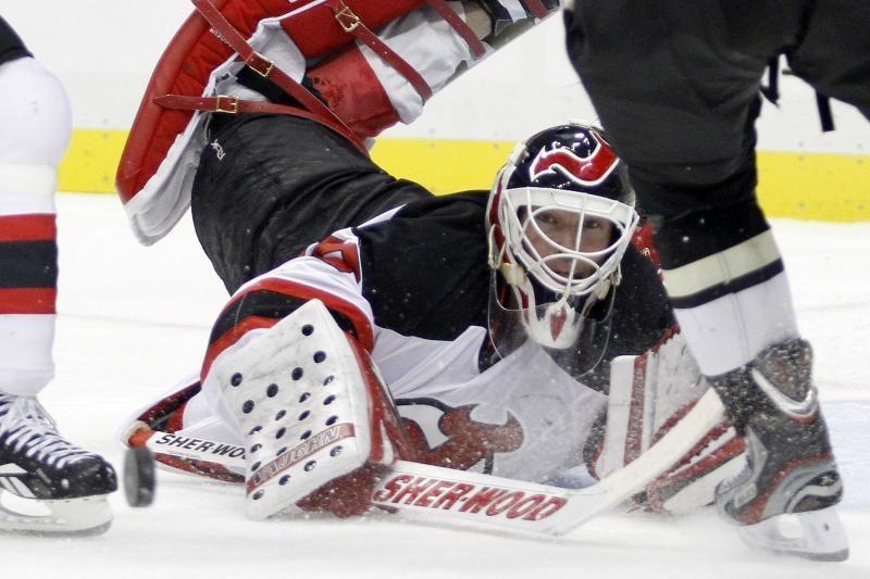 """NHL: """"Hurricanes"""" aukų sąraše atsidūrė ir """"Devils"""" ledo ritulininkai"""