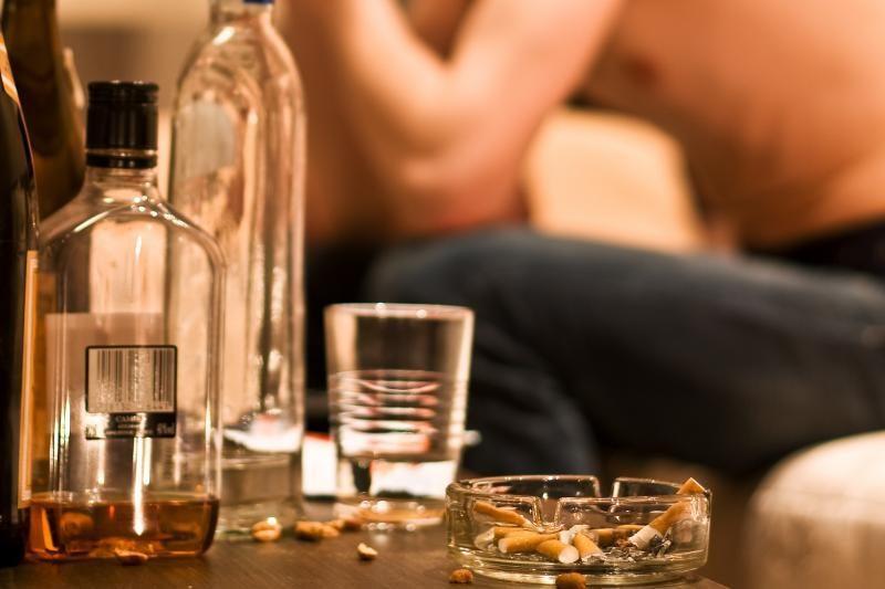 Mokyklos šokiai alkoholio padauginusiam paaugliui baigėsi reanimacijoj