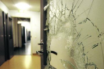 Išdaužė Kazachstano ambasados rezidencijos langus Vilniuje