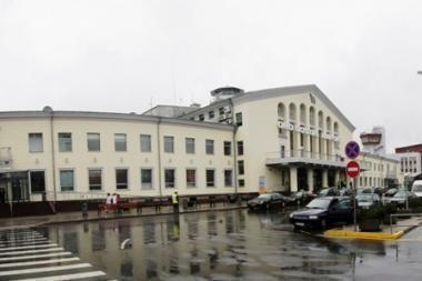 Vilniaus oro uoste automobiliai nemokamai galės stovėti 15 minučių