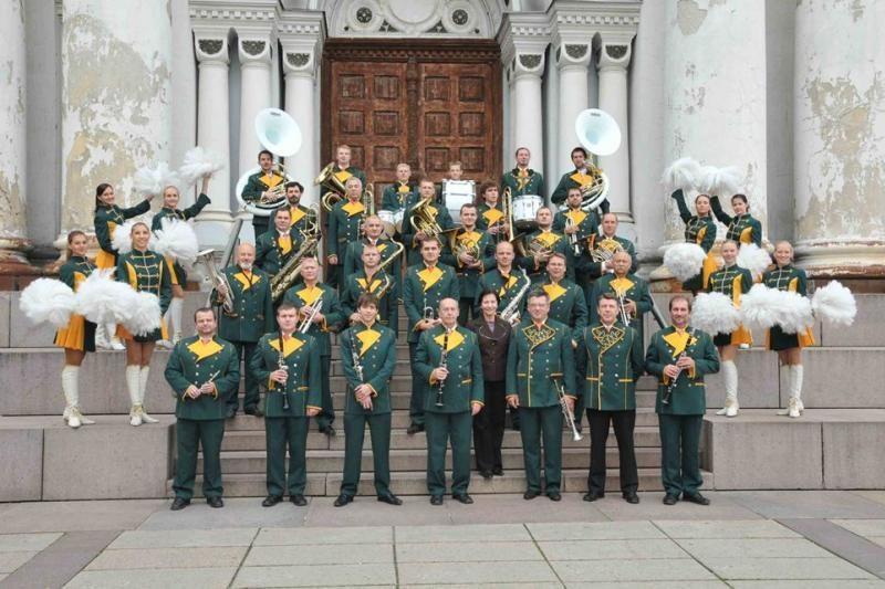 """Kauno pučiamųjų instrumentų orkestrui """"Ąžuolynas"""" – 50 metų"""
