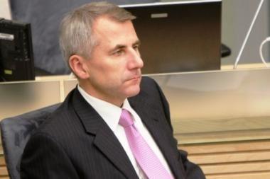 Finansų ministrė reprezentacijai neišleido nieko, V.Ušackas - beveik 9000 litų