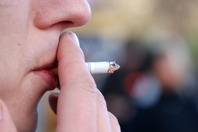 Vietoj oro pagalvės – kontrabandinės cigaretės