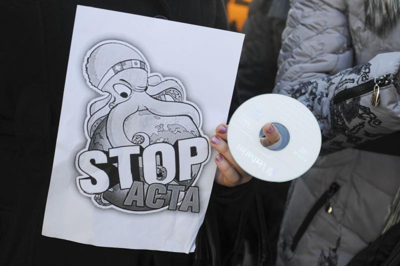 Protestai prieš ACTA nusirito per visą Europą