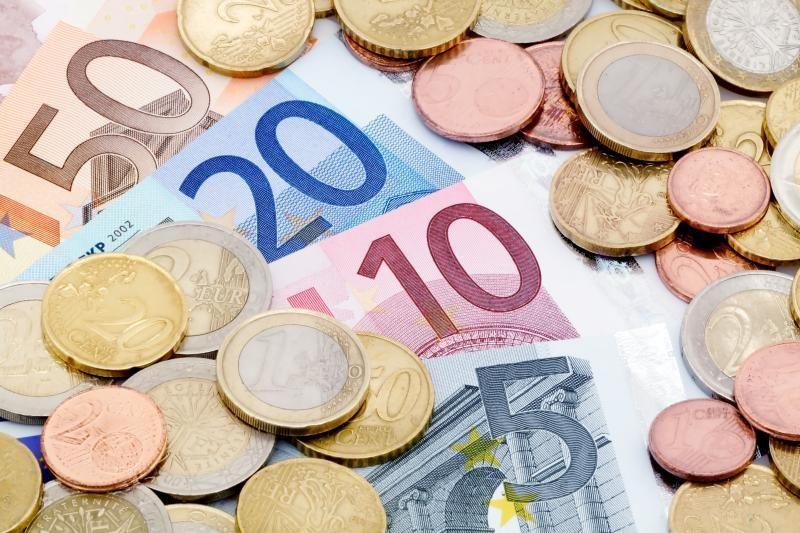 Dėl mokesčių slėpimo ES kasmet praranda trilijoną eurų