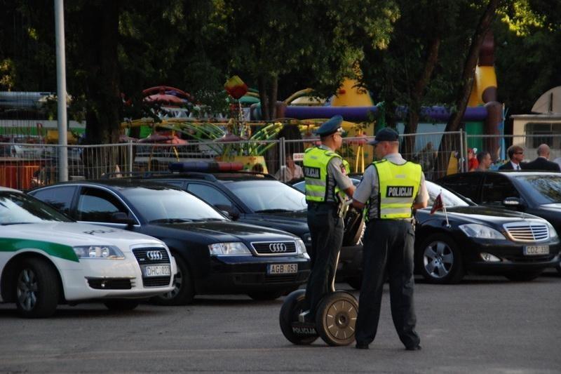 Sostinės pareigūnai patruliavimui naudos riedžius