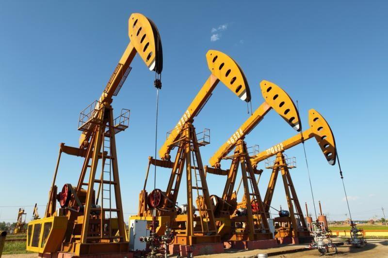 Naftos kainos antrą dieną iš eilės kopia aukštyn