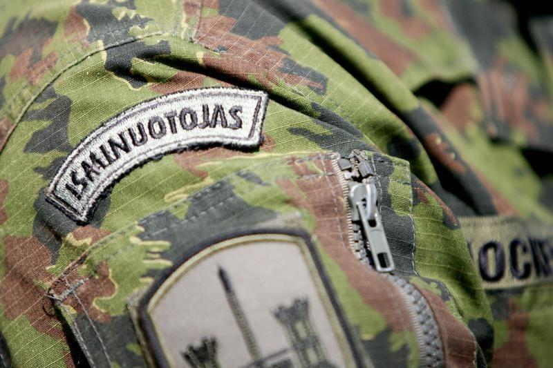 Vilkaviškio rajone kariai iškasė didelį kiekį sprogmenų